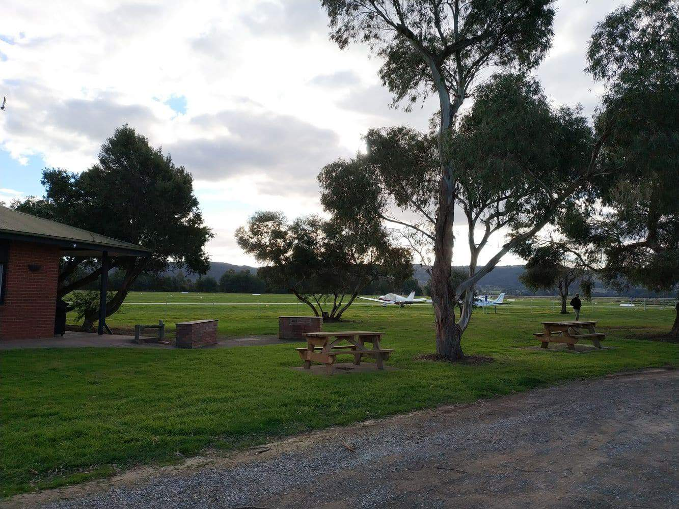 Lilydale airport 09